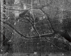 An aerial photograph of Tokushima City taken by U.S. forces before the air raid, March 1945.